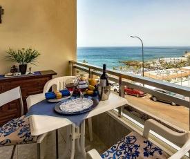 Lovely ocean view apartment La Arena