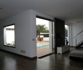 Casa Norah - Moderna, tranquila, con piscina y Wifi