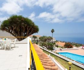 Cosy apartment in Tenerife views, pool & WiFi