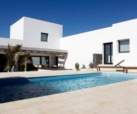 Villa Nueva 2 with private pool