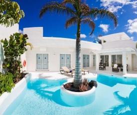 Corralejo Villa Sleeps 5 Pool Air Con WiFi T636554